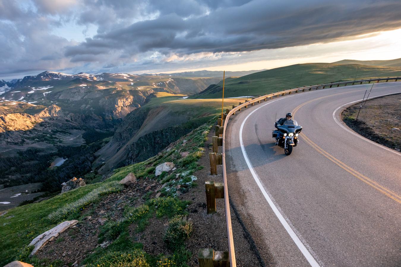 Yellowstone Country – Beartooth Pass